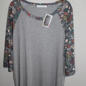 Tops - Women's Floral Sleeved Blouse